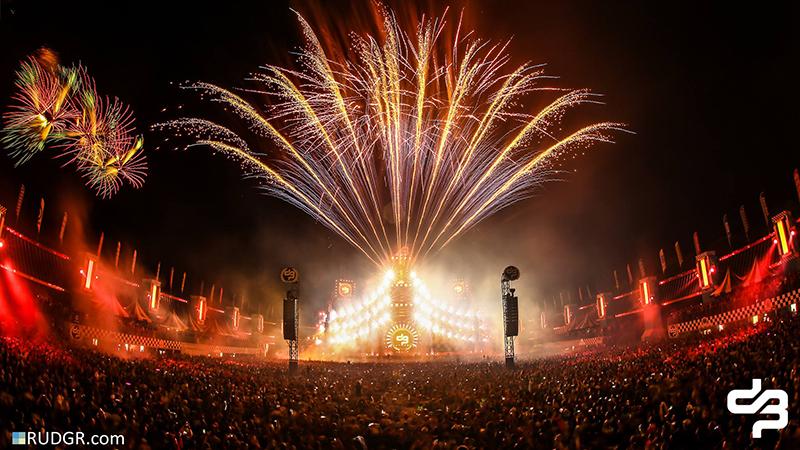 fireworks-decibel
