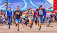 blue monday hardstyle defqon.1